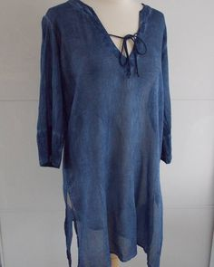 Escaping the winter? Don't forget to pack this highly versatile lightweight tunic. Epitome of simplicity. Shop in bio. #anindiansummeruk #foreversummer . . . .  #indigo #simplethings #simplicity #capsulewardrobe #capsulecollection #staple #basics #boho #bohemian #yoga #cotton #naturalwardrobe #natural #blue #navy #navyblue #indigoblue #bluehues #wintersun #holidaywear #resortwear #beachwear #artist #artisan #teacher #beach #getaway #holidays