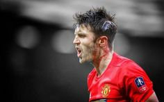 He can pass, tackle, head, Michael Carrick is a Red,
