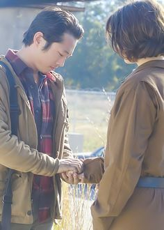 The Walking Dead- Glenn's marriage proposal to Maggie