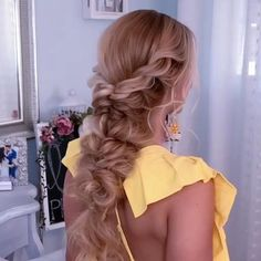 High Ponytail Hairstyles, Easy Hairstyles For Long Hair, Bride Hairstyles, Office Hairstyles, Stylish Hairstyles, Hairstyle Short, School Hairstyles, Hair Updo, Curly Hair