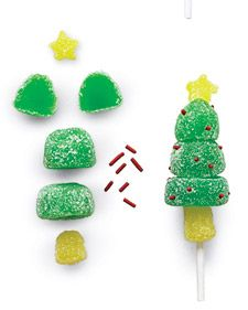 For Tree Use 1 flattened gumdrop for base of tree. Use 1 small gumdrop for trunk. Cut sides from 1 gumdrop; press sides around top of stick, for treetop. using an aspic cutter, cut out star. Insert sprinkles for lights Teacher Christmas Gifts, Easy Christmas Crafts, Christmas Sweets, Christmas Baking, Simple Christmas, All Things Christmas, Christmas Holidays, Xmas, Christmas Recipes