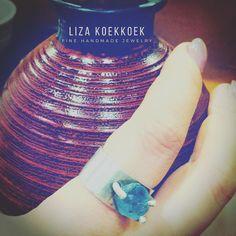 Sushi night and rings!  silver ring with aquamarine crystal #crystal #aquamarine #aguamarina #jewelry #instajewelry #etsyjewelry #etsysale #etsyshop #joyeria #joyeriamexicana #mexico #diseñomx #design #handmade #finejewelry #gemstones #blue #gem #silver #plata #ring #anillo #guadalajara #cdmx #mexico