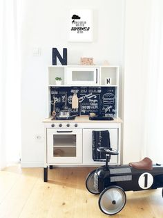 Wonderful Free The most popular home ideas from August Ideas An Ikea kids' space remains to amaze the children, because they are provided a whole lot more tha Ikea Kids Kitchen, Kitchen Decor, Ikea Furniture, Furniture Design, Office Furniture, Hacks Ikea, Childrens Kitchens, Diy Kitchen Projects, Deco Kids