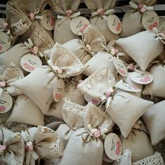 Wedding Favors For Guests, Wedding Gifts, Wedding Day, Potli Bags, Bag Packaging, Wedding Arrangements, Box Cake, Modest Wedding Dresses, Vintage Shabby Chic