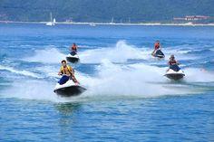 #Sanya #whererefreshingbelongs #YalongBay #China #watersports #motoboats