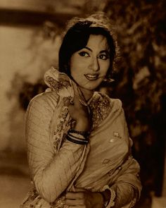 View an exhibition of vintage photographs of Bollywood stars from the late lensman's collection Beautiful Bollywood Actress, Most Beautiful Indian Actress, Beautiful Actresses, Bollywood Heroine, Bollywood Stars, Indian Bollywood, Vintage Bollywood, Indian Actresses, Actors & Actresses