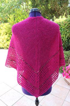 Châle en laine et soie orné de strass http://www.alittlemarket.com/boutique/chaliere-2339933.html