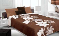 Hnědý oboustranný přehoz na postel s květinami Bed Sheets, Pillows, Furniture, Home Decor, Homemade Home Decor, Cushion, Home Furnishings, Cushions, Decoration Home