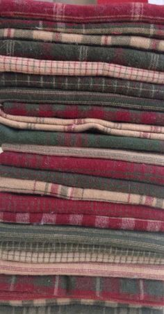~ Red and green homespun 27 fat quarters by Moda fabric ...