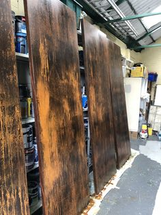 Rust effect doors by Rust IT painters. Rust Paint, Door Table, Painting Techniques, Painters, Shabby Chic, Surface, Colours, Metal, Wood