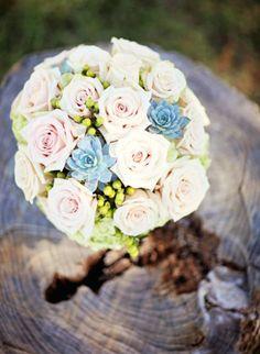 Bridal Bouquet, Central Market - Texas Wedding  http://caratsandcake.com/saraandted