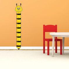 """Adesivo Murale - Metro Crescita per bambini.  Adesivo murale di alta qualità con pellicola opaca di facile installazione. Lo sticker si può applicare su qualsiasi superficie liscia: muro, vetro, legno e plastica.  L'adesivo murale """"Metro Crescita Ape"""" è ideale per decorare la cameretta. Adesivi Murali."""