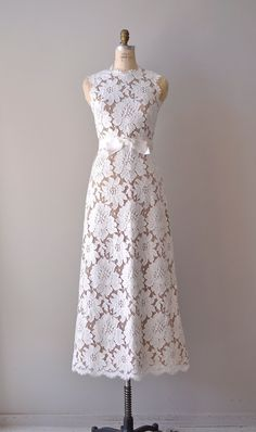 vintage lace wedding dress / 1960s wedding gown / Love
