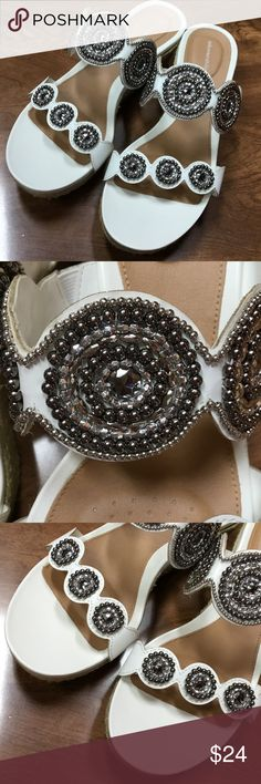 👠Solesenseability Almost new summer slides with jeweled accents. Solesenseability Shoes Sandals