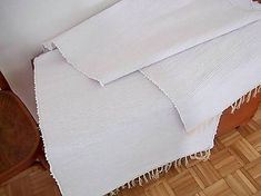carpetka / tkany koberec biely (70x160)