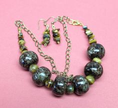 Tiger's eye necklace earrings vintage beads gold tone chain