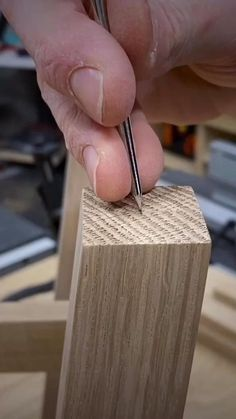 Unique Woodworking, Woodworking Hand Tools, Wood Tools, Easy Woodworking Projects, Woodworking Techniques, Woodworking Furniture, Woodworking Plans, Woodworking Magazine, Popular Woodworking
