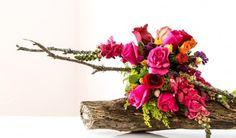 Be my Lab Grapevine Wreath, Grape Vines, Flower Arrangements, Glass Vase, Wreaths, Flowers, Plants, Lab, Home Decor