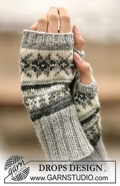 free pattern. Ravelry: 98-8 Wrist Warmers with pattern in Karisma Superwash pattern by DROPS design