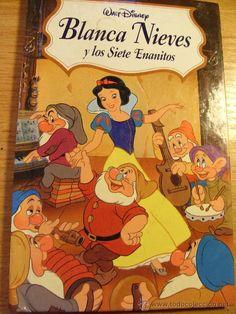 Leonor, Mariela y Yaiza coinciden en que a las tres les gusta el cuento de Blancanieves porque es muy guapa y los enanitos la salvan.