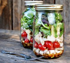Love this idea ... One of the easiest ways to eat a Salad - In a Jar! Recipe includes how to make the dressing & layer your ingredients in the jar. Then just shake & eat! Use whatever's fresh out of your garden. | The Micro Gardener