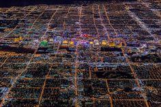 Las Vegas de noche a 2.680m de altitud  #bienvenidosalAntropoceno via @CSIC