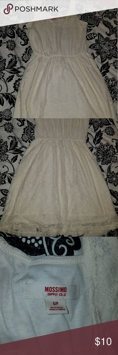 NWOT Beige lace summer dress. NWOT Dress up with heels or down with some a brown belt and booties! Never worn. Mossimo Supply Co Dresses