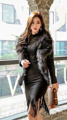 Korea Fashion, Asian Fashion, Korean Beauty, Asian Beauty, Fashion Models, Fashion Outfits, Basic Outfits, Beautiful Asian Women, Beautiful Park