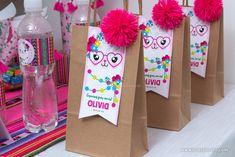 Decoraciones de Llamas o Alpacas para imprimir Alpacas, Party Gifts, Party Favors, Fiesta Theme Party, Llama Birthday, Happy Party, Party Decoration, Mexican Party, 2nd Birthday Parties