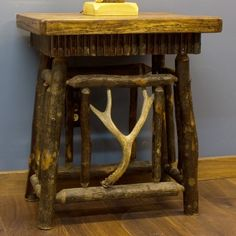 Hickory Log End Table with Antler Accent.  Cabin Decor | Antler & Hunting Decor