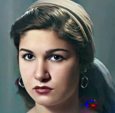 Egyptian Actress, Old Egypt, Movie Stars, Actresses, Actors, Movies, Hande Ercel, Beautiful, Legends