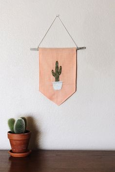 Potted Cactus Banner by amberjanehandmade on Etsy Felt Crafts, Kids Crafts, Diy And Crafts, Arts And Crafts, Hanging Banner, Wall Banner, Sewing Projects, Craft Projects, Ideias Diy