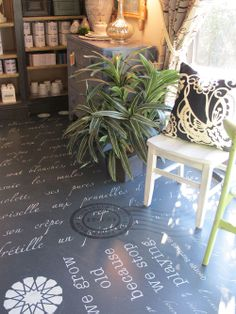 Using Annie Sloan Chalk Paint on Floors Using Annie Sloan Chalk Paint on Floors - via Driven by Decor Decking of a house the single most remarkable interior arc. Using Chalk Paint, Chalk Paint Projects, Diy Projects, Paint Ideas, Chalk Painting, Project Ideas, Grey Paint Colors, Gray Paint, Driven By Decor