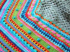 Ein Blog mit Ideen zum Nähen, Stricken, Häkeln, Basteln, Perlen machen. Viel Buntes für Groß und Klein.
