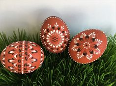 This is a set of three chicken eggs colored in natural, traditional process - onion skin dye. They are hand decorated with brown and white wax. To create the eggs, I use the pinhead method also known as the drop-and-pull pinhead method. In this method, mostly used in Poland, the Czech Republic, Slovenia, and Lithuania, a pin stylus is used as a tool. The head of the pin is dipped into hot wax and applied to the eggshell. There are two basic techniques used in this method - wax-embossed and…