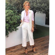 Ramona Filip Summer Chic, Summer Wear, Ramona Filip, Giovanna Battaglia, Chic Outfits, Casual Chic, Beachwear, Victoria, Stylish