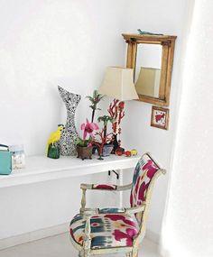 Home office design idea - Home and Garden Design Ideas Open Office Design idea. small office Home Office Design Elle Decor, Small Home Offices, Small Office, Interior Decorating, Interior Design, Room Interior, Decorating Ideas, Decor Ideas, Home Office Design