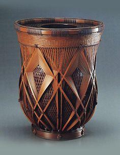 baskets by design - Yahoo Image Search Results Japanese Bamboo, Bamboo Art, Japan Art, Ikebana, Gourds, Wood Art, Wicker, Baskets, Planter Pots