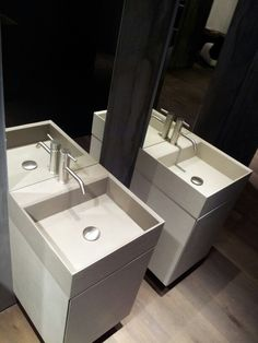 New washbasins by Modulnova. Tecnoril covered with cemento resin. Really elegant. Showed on the Salone del Mobile 2013