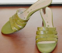 SZ  7.5N LEATHER LIGHT GREEN SLIDEON MULES BY NATURALIZER  #Naturalizer #Mules #WeartoWork