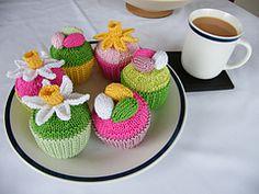 Ravelry: Easter Cupcakes pattern by Louise Watling