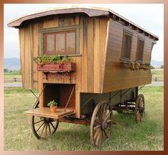 gypsywagon-exterior-06c.jpg (19819 bytes)  Ranch Willow Wagon Co.