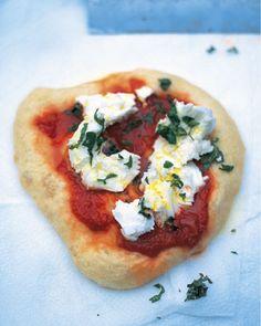 Red Grape Pizza with Honey, Rosemary and Pecorino   Rezept   Rote ...