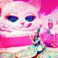猫部屋でおしたくฅωฅ #カワイイモンスターカフェ #kawaiimonstercafe #モンカフェ #増田セバスチャン #しょこたん #いとうのいぢ #コスプレ #コスプレイヤー #カラフル #harajukufashion #harajukulovers #きゃりーぱみゅぱみゅ #きゃりー #cosplayer #cosplaygirl #cosplay #中川翔子 #パーティー #party #rainbow #colorful #pop #cute #japanesestyle #japaneseanime #japan #japanesefashion #japanesegirl #cosplaymakeup