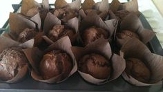 Fotorecept: Čokoládovo banánové muffiny 20 Min, Cupcake, Stuffed Mushrooms, Yummy Food, Chocolate, Vegetables, Sweet, Basket, Stuff Mushrooms