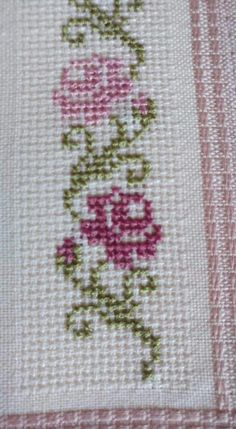 "Alıntı ""This post was discovered by Sem"" Small Cross Stitch, Cross Stitch Borders, Cross Stitch Rose, Cross Stitch Flowers, Cross Stitching, Hand Embroidery Stitches, Cross Stitch Embroidery, Embroidery Patterns, Funny Cross Stitch Patterns"
