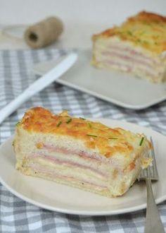 Croque cake. Pastel de jamón y queso con pan de molde*