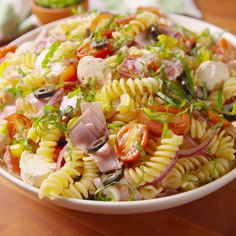 Pasta salad recipes cold, picnic salad recipes, vegetarian pasta salad, v. Vegetarian Pasta Salad, Pasta Salad Italian, Picnic Salad Recipes, Healthy Dinner Recipes, Drink Recipes, Pasta Recipes, Cooking Recipes, Recipe Pasta, Tasty Videos
