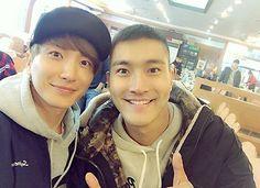 Choi Siwon de Super Junior le manda una conmovedora carta a Leeteuk desde el ejército