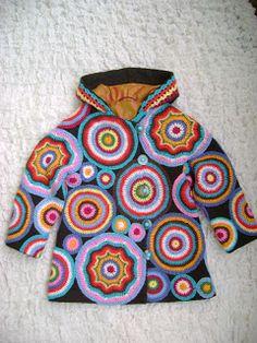 """Child's Freeform Hoodie (Дизайн - ателье """"Магдалена Маг"""": Детское вязаное пальто)"""